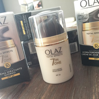 Olaz Total Effects 7-in-One Dagcrème SPF30